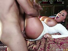 Exotic Kianna Dior and hard cocked guy Keiran Lee enjoy sex too much to stop