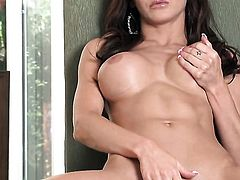 Evelin Rain with juicy tits and shaved muff gets satisfaction using nothing but her dildo