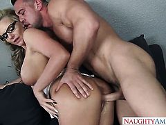 Johnny Castle plays with dripping wet pussy hole of Phoenix Marie with big ass and hairless cunt before he bangs her hard