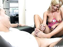 Blonde chick Victoria White is in the mood for cock stroking