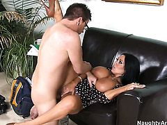 Dane Cross has a good time banging Senorita Sienna West with huge hooters and clean pussy