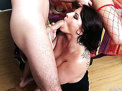 James Deen plays hide the salamy with Casey Cumz with juicy jugs