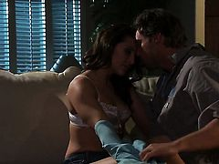 Gracie Glam gives headjob like no other and horny dude knows it