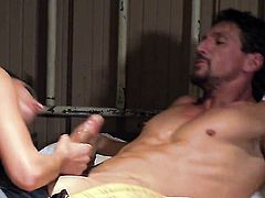 Alektra Blue is good on her way to make horny dude ejaculate on oral action