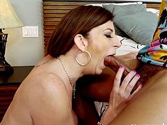 SIZE Queens: Sara Jay D Cup MILF #2