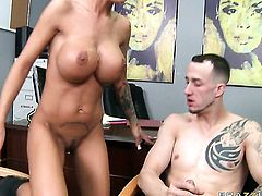 Angelina Valentine with massive jugs takes Criss Strokess hard tool so fucking deep after foreplay
