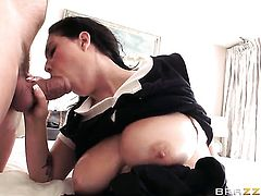 Noelle Easton is extremely horny in this hardcore scene featuring her getting slammed by Ramon