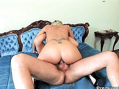Adriana Russo shows her slutty side in steamy anal action