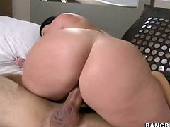 Fat ass Sophie Dee gets drilled