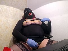 silent pain 1 P6 needle in my nipples red overknees wanking