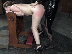 A light brown-haired naked slut got enchained, while also wearing a neck collar. While a lascivious nun with kinky stockings stuffs Harley's throat with a huge black dildo, this bitch begins to gag. See her fucked with that huge strap on! Relax and have fun.