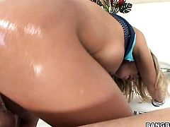 Blonde with phat booty bounces up and down with man meat in her anal hole