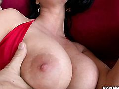 Marilyn Scott with phat bottom loves the way her sex partner moves his fuck stick up and down between her hands