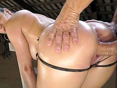 Visit official Evil Angel's HomepageBabe with huge melons endures cock in rough modes during scenes of bondage sex, screaming and enduring every inch of cock until a creamy end