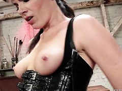 Missy Martinez takes Dana DeArmond s fingers in her honeypot