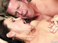 Mark Wood fucks Michelle Lay in her mouth as hard as possible in oral action