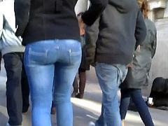 good buttocks not sisters