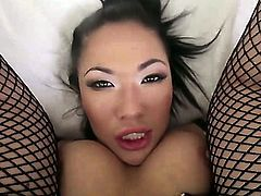 London Keyes is a slutty Asian that can stretch her ass wide. She is getting an anal gangbang in this video. She is really enjoying it if anything can be read from the look on her face.