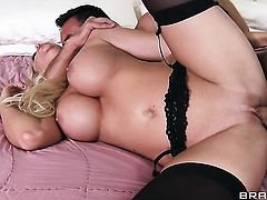 Keiran Lee buries his erect schlong in completely cute Courtney Taylors mouth