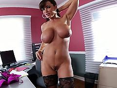 Lisa Ann xxx is sucking dick