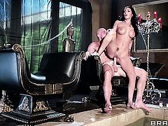 Johnny Sins ejaculates after Amber Cox gives magic suck job