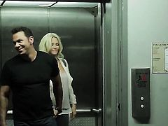 Jessica drake gets her mouth destroyed by hard sausage