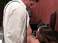 Nickey Huntsman is too hot to stop sucking her mans throbbing love torpedo