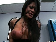 Jenaveve Jolie gets her muff pie pounded rough by Johnny Sinss stiff sausage