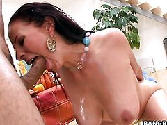 Brunette Gianna Michaels with phat ass gets her lovely face covered in sticky nectar on cam for your
