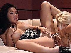 Monique Alexander is on the edge of nirvana after sensual sex with lesbian Asa Akira