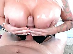 Joey Silvera gets turned on by Angel Vain and then fucks her mouth