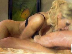 Perfect bodied porn diva jessica drake enjoys cock sucking too much to stop in oral action