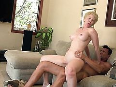 Dalny Marga gives giving oral pleasure to her horny bang buddy Marco Banderas
