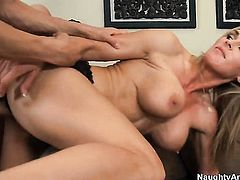 Xander Corvus gives incredibly hot Tanya Tates muff pie a try in hardcore sex action