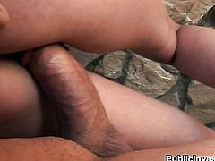 Donna Bell shows her slutty side to hot dude by taking his rock solid worm in her mouth