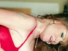 Darla Crane shows oral sex tricks to hot blooded man with passion
