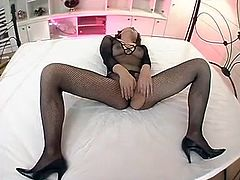 FISHNET BODYSTOCKING -- mfl