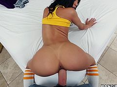 Veronica is wearing a yellow shirt and socks with some daisy dukes on. Her lover moves those aside, so he can taste her juicy pussy. After the shorts come off, he gets behind her and goes balls deep inside her.