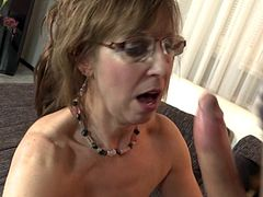 Danny (59) mature housewife