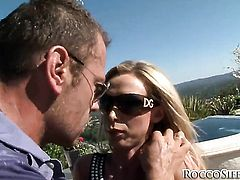 Nikki Benz is good on her way to satisfy her bang buddy Rocco Siffredi with her sweet mouth