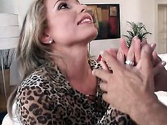 Evelina Marvellou turns Rocco Siffredi on to the point of no return before butt fucking before suck job