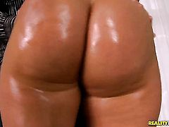 Blonde Susanna with round butt and smooth muff sucks like a sex crazed animal in steamy oral action