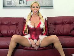 Sexy Christmas lingerie on a bimbo babe with great titties