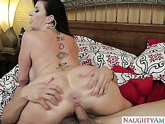 Brunette Damon Dice with huge boobs and bald bush and her sex partner fuck like rabbits