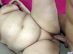 Pretty plumper makes her guy super hard and sucks his dick before she lets him pound her dripping wet pussy.