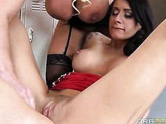 Milf Alura Jenson with round butt has fire in her eyes as she gets her asshole poked