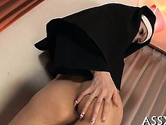 Sexy japanese babes are serving their juicy anal tunnels