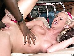 Kaylee Hilton cant resist the desire to take his hard cock in her cunt