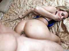 Renae Cruz loves getting her mouth banged by hot fuck buddy