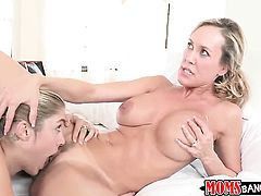 Blonde Lia Lor with juicy melons and smooth twat has dildo-hungry snatch